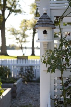 [CasaGiardino]  ♡  adorable bird house overlooking garden surrounded by a white picket fence