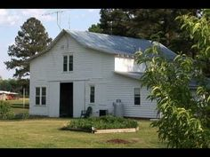 Big Mill Bed and Breakfast video tour. This is a farm B and B in Williamston, near Greenville, NC. Lovely spot for retreat, thinking and rejuvenation.