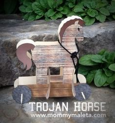 Was the Trojan Horse fact or fiction? #Explore Greece with this #Trojan Horse Craft to find out more...via Mommy Maleta