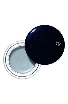 Clé de Peau Beauté Cream Color Eyeshadow - shown in 303 Balloon