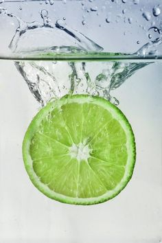 splash of lime by Lena Ivanova, via 500px