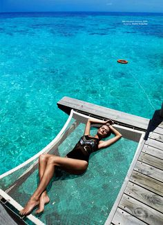 take us to the water // Maldives