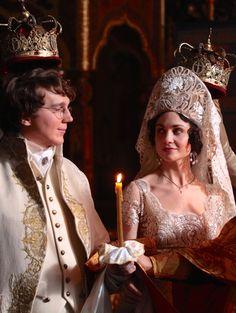Paul Dano as Pierre Bezukhov and Tuppence Middleton as Helene Kuragin in War and Peace (TV Mini-Series, 2016).
