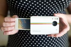 What did Polaroid find when they looked into our digital-analog-loving soul? The Polaroid It shoots digital photos at and instantly prints them straight from the camera. The instant prints come with sticky backs, so you can stick your photos Instant Digital Camera, Instant Print Camera, Gadgets And Gizmos, Cool Gadgets, Tech Gadgets, New Polaroid Camera, Polaroid Printer, Mini Polaroid, Polaroid Instax