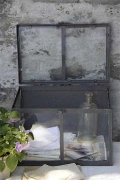 Jeanne d Arc Rustic Cottage, Cottage Style, Cozy Corner, Living Styles, Galvanized Metal, Little Boxes, Shades Of Grey, Vintage Decor, Wicker