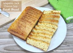 A low carb quick bread made with soy protein powder and flavored with spicy Jack cheese. Quick Bread, How To Make Bread, Lemon Chicken Orzo Soup, Sour Cream And Onion, Half Baked Harvest, Image Healthy Food, Quick And Easy Breakfast, Atkins Diet, Diet Snacks