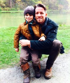Sean MaguireVerified account ‏@sean_m_maguire Happy thanksgiving everyone from the Hood boys.