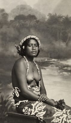 Samoan women old pictures nude, wet pussy with tanlines