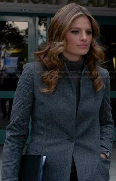 Beckett's grey coat with checked sleeves on Castle.  Outfit Details: http://wornontv.net/27397/ #Castle