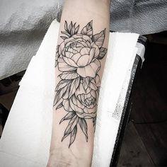 Some fun Peonies I got to tattoo awhile back ++++