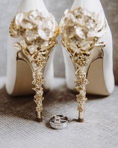 Wedding Flats, Wedding Rings, Dream Wedding, Wedding Day, Bride Book, Bridal Shoes, Bridal Style, Wedding Details, Wedding