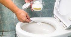 Oubliez les produits nettoyants bourrés de substances chimiques pour désinfecter vos toilettes et préparer votre propre nettoyant maison