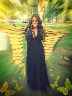 Jenni Rivera, a beautiful voice goes silent love her! Beautiful Voice, Beautiful Gorgeous, Duchess Kate, Duchess Of Cambridge, Divas, Silent Love, Romeo Santos, Selena Quintanilla, Daddy Yankee