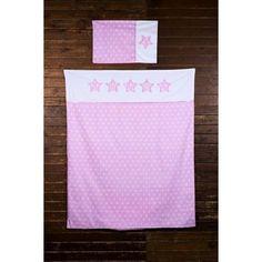 Bellissimo set copripiumino per bambine di colore rosa con stelline bianche, prodotto dalla casa olandese Haton. Sia la federa che il copripiumino hanno stelline bianche su uno sfondo rosa.