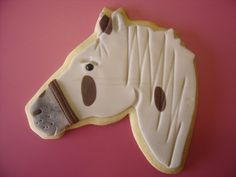 Make with fondant, use as Christmas ornament Cut Out Cookies, Fun Cookies, Cake Cookies, Sugar Cookies, Cupcake Cakes, Cupcakes, Cookie Designs, Cookie Ideas, Horse Cookies