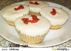 Tvarohové muffiny (Dukanova dieta) recept - TopRecepty.cz Cheesecake, Cupcakes, Food, Per Diem, Loose Weight, Food And Drinks, Cheese Cakes, Cupcake, Cupcake Cakes