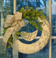 Diy Gifts For Mom From Daughter Christmas Sons 67 Ideas All Things Christmas, Christmas Time, Christmas Wreaths, Christmas Decorations, Thanksgiving Holiday, Winter Christmas, Wreath Crafts, Diy Wreath, Sheet Music Crafts
