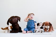 A fun idea for a one year old photo shoot - a boy and his stuffed animals. For more photo ideas, follow me on Instagram at http://instagram.com/lindsay_salazar_photography or visit my website LindsaySalazar.com