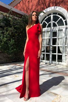 Elegant One SHoulder Side Slit Long Red Dress on Luulla Gala Dresses, Event Dresses, Dress Outfits, Fashion Dresses, Formal Dresses, Chiffon Maxi Dress, Long Dresses, Sexy Dresses, Summer Dresses
