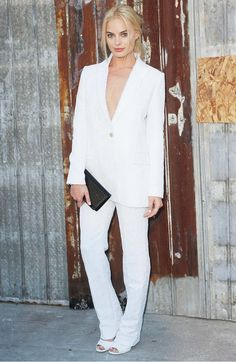 Margot Robbie all in white at the Givenchy NYFW SS16 show = dreamy.