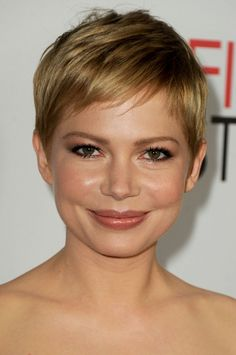 Dewey makeup---  Also, i heart Michelle Williams. She is someone I thought I would never like. She's a very good actress; see Blue Valentine and you'll agree.