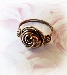 FREE Pattern: Romantic Roses Wire Ring