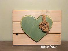 Heart sign, Rustic home decor, Love sign, Valentines Day decor, Rustic wood sign, Distressed wood sign, Distressed wood art, Heart decor