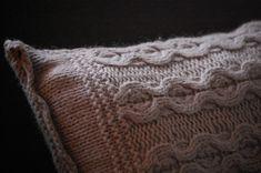 DIY - kussen maken van een oude trui - Blog - ShowHome.nl