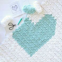 {Corner to Corner Crochet} C2C Chunky Heart Graph  Click through the link to find out how to crochet using a graph. Lovely right? Tutorial via redagape.