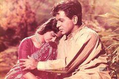 Kamini Kaushal Made Dilip Kumar 'Tragedy King Of Bollywood' Jaisalmer, Udaipur, Movies To Watch Free, Hd Movies, Films, Kamini Kaushal, Waheeda Rehman, Vintage Bollywood, Artists For Kids