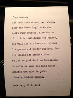 Sag mir ein Wort und ich schreib dir ein Gedicht. Wortfachgeschaeft @ Swing It! in der Roten Bar im Volkstheater in Wien. Inspiration: ambidexterous.