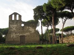 Via Appia Antica, un paseo delicioso cerca de Roma...