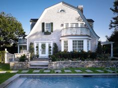 Historic Fuller Cottage Edgartown, Martha's Vineyard American Cottage TraditionalNeoclassical Garden Pool Rear Facade by Patrick Ahearn Architect Beautiful Home Designs, Beautiful Homes, Gambrel Roof, My New Room, Architecture Details, Victorian Architecture, My Dream Home, Dream Homes, Future House