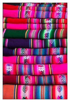 weave blankets of Salta, Argentina Argentina South America, Visit Argentina, Argentina Travel, Latina, Argentina Culture, Thinking Day, Famous Places, Textile Patterns, Textiles