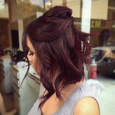 Medium length hair looks Pelo Color Vino, Pelo Color Borgoña, Hair Color And Cut, Cool Hair Color, Ombre Hair Long Bob, Red Brunette Hair, Brunette Color, Wine Hair, Burgundy Hair