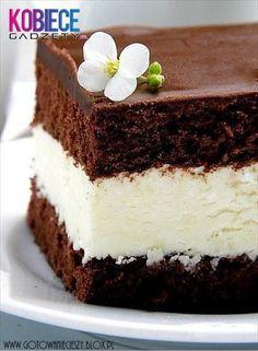 Milky Way Chocolate & Cream Cake Cupcakes, Cupcake Cakes, Chocolate Cream Cake, Chocolate Desserts, Sweet Recipes, Cake Recipes, Dessert Recipes, Cake Decorating Supplies, Food Cakes
