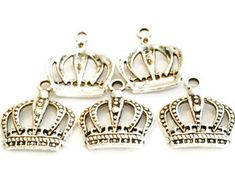 5 Crown charms, Princess Crown Charms, Silver Charms, Jewelry Making Supplies, Bracelet Charms, Necklace Charms by vickysjewelrysupply. Explore more products on http://vickysjewelrysupply.etsy.com