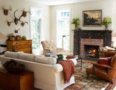 Foyer en briques et manteau de cheminée