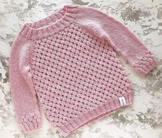 Crochet Baby Cardigan, Baby Cardigan Knitting Pattern, Baby Hats Knitting, Crochet Baby Clothes, Knitting For Kids, Baby Knitting Patterns, Baby Patterns, Knit Crochet, Free Knitting