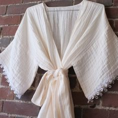How to Make a Breezy, Beautiful Kimono Robe in Embrace double gauze cotton. Sewing tutorial by Meg of @burdastyle for @MarthaStewart