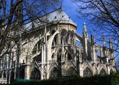 Buttresses and imaginations fly... Cathédrale Notre-Dame de Paris...  I wonder and will see if a tour includes a look at the pipe organ, which has 7,800 pipes, with 900 classified as historical. It has 111 stops, five 56-key manuals and a 32-key pedalboard.  Oh!  My former church organist heart lurches in joy!