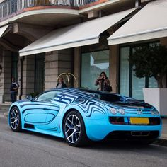 Visit The MACHINE Shop Café... ❤ Best of Bugatti @ MACHINE ❤ (The Graphic Bugatti ƎB Veyron Super Sport Saphir Bleu Beauty)