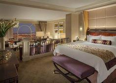 11 best las vegas suites images las vegas suites hotels in las rh pinterest com