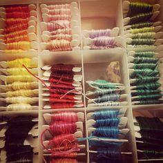Sábado noche casero!!!! Colores!!!!#embrodery #bordando
