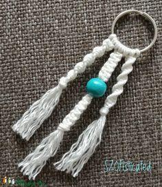 Makramé kulcstartó (SZOFIsticated) - Meska.hu Tassel Necklace, Tassels, Diy Products, Jewelry, Jewlery, Jewerly, Schmuck, Jewels, Tassel