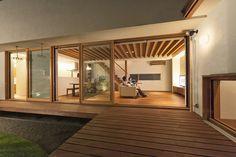 大黒町の家 | WORKS WISE 岐阜の設計事務所 Indoor Zen Garden, Japanese Modern House, Studio Room, Home Decor Inspiration, My House, Architecture Design, Villa, Backyard, House Design