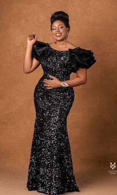 Short African Dresses, Latest African Fashion Dresses, African Lace, Sequin Outfit, Sequin Dress, Ankara Dress Designs, Half Sleeve Dresses, Lace Dresses, Igbo Bride
