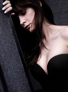 Zooey Deschanel Photoshoot for InStyle Magazine August 2014 Issue