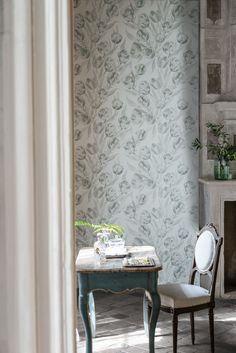 Beautifully soft Fontainbleau tulip design in neutral tones                                                                                                                                                                                 More