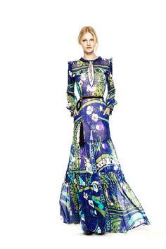 See the complete Emilio Pucci Pre-Fall 2011 collection.